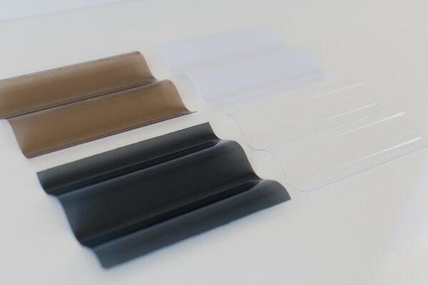 Polycarbonate-roofing-clear-bronze-grey-opal-plastic