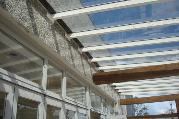 Crystalite-acrylic-roofing-panels-clear