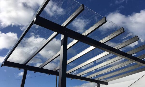 ClearSpan-glazing-beam-on-pergola